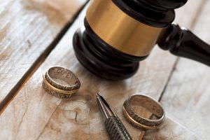 למה אתם צריכים עורך דין גירושין שהוא גם מגשר?